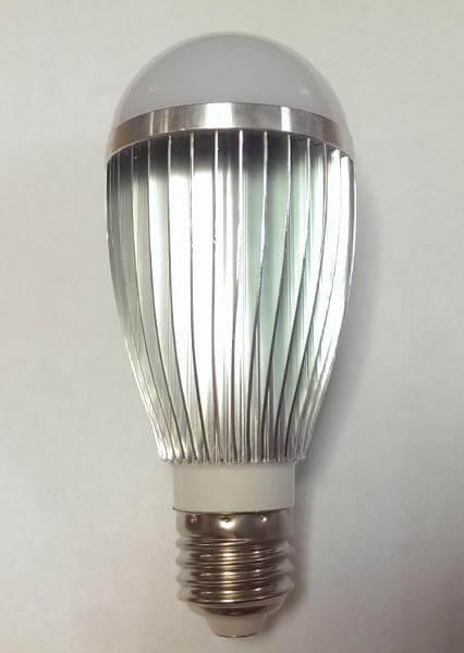 Светодиодная лампа E27 Led My Way (05.002.01) 7W 3000K