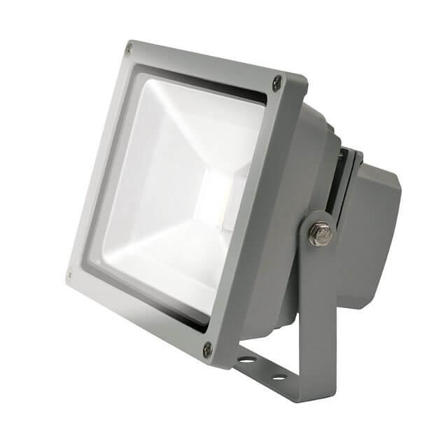 Прожектор светодиодный ULF-S01-30W/DW IP65 110-240В